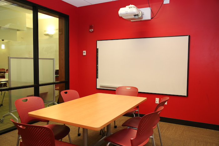 Study Room w Interactive White Board.JPG